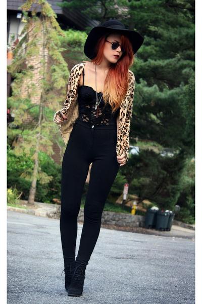 black Mango wedges - tawny Mango ring - black Mango pants - camel Mango jumper