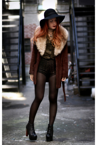 crimson Tunnel Vision coat - VJ-style shoes - black Market HQ shorts