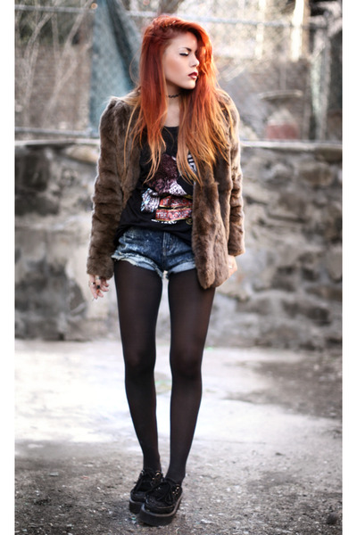 light brown romwe coat - black beginning boutiqueq t-shirt