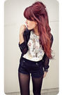 Black-express-blouse-white-vintage-top-forever-21-shorts