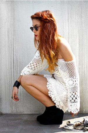 white Chicwish dress - black vjstyle boots - crimson vintage glasses