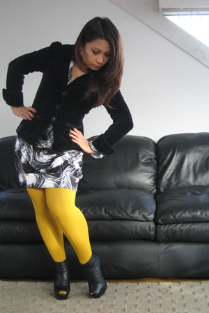 black H&M blazer - Target dress - yellow H&M tights - black Bebe shoes