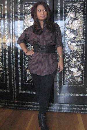 taken from husband shirt - Forever 21 leggings - belt - sam edelman boots - hat