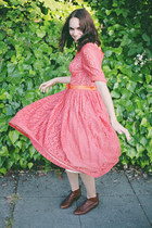 tawny leather vintage boots - coral lace vintage dress