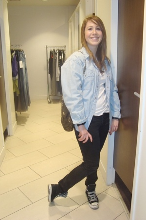 Levis blouse - Stradivarius t-shirt - Stradivarius pants - All star shoes - Pier