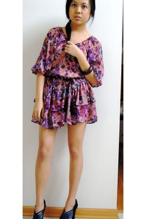 pink H&M dress - black H&M belt - blue sam edelman shoes