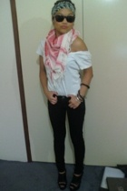 Mavi scarf - shirt - Nude Lucy jeans - Siren - accessories