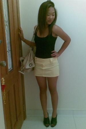 yellow mini supre skirt - black peeptoe rubi shoes - black tank top