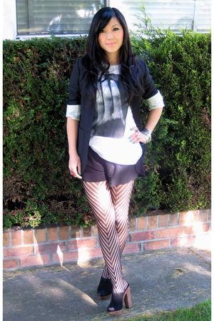 black Talula blazer - white Sans Vanit t-shirt - black pavonine shorts - black Z
