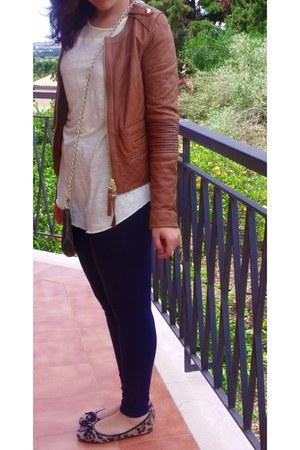 caf noir flats - tawny Pinko jacket - navy Stradivarius leggings