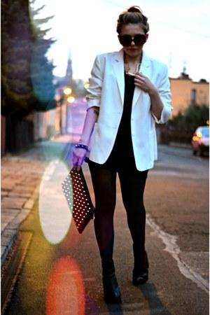 black ankle boots Stradivarius boots - white vintage blazer