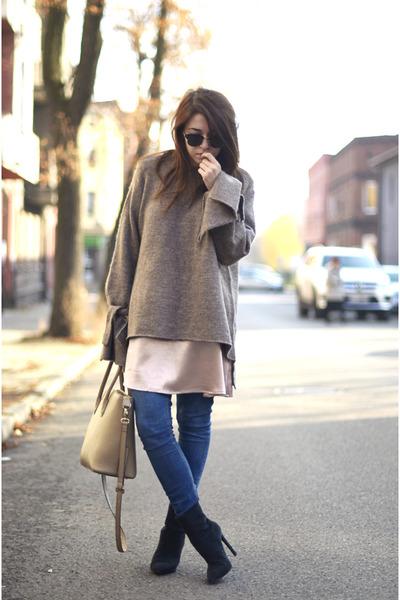 black Nelly boots - light brown Zara sweater