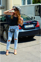 light blue ripped Mango jeans - black Mango bag - nude Zara heels