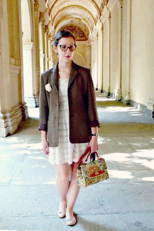 cream H&M dress - dark brown vintage blazer - cream vintage bag