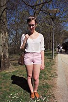 light pink Vero Moda shorts - white asos cardigan - tawny andré flats