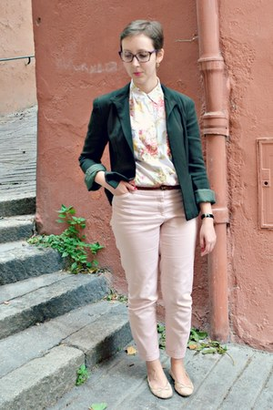 forest green vintage blazer - white vintage shirt - light pink Naf Naf pants