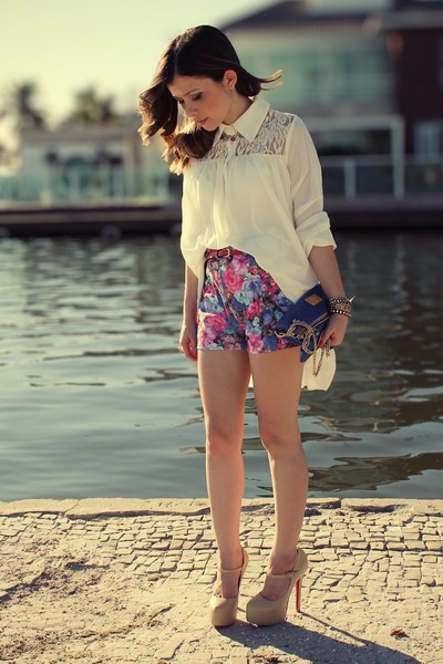 eggshell blouse - blue bag - bubble gum shorts - tan pumps