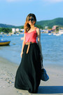 Hot-pink-shirt-sky-blue-bag-black-skirt