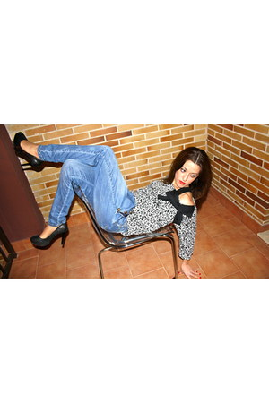 BLANCO pants - BLANCO sweater - pull&bear heels - Bershka shirt
