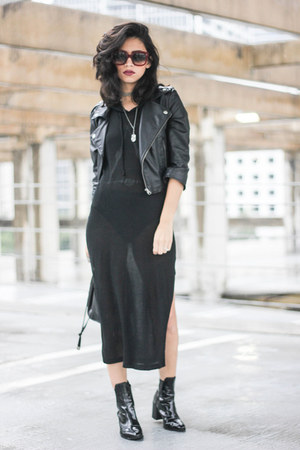 Urban Outfitters necklace - Urban Outfitters dress - oversized Celine sunglasses