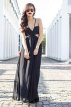 maxi Style Stalker dress - suede Dolce Vita boots - Karen Walker sunglasses