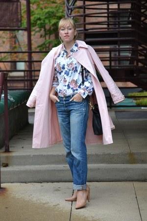 pink trench coat Ralph Lauren coat - blue jeans Levis jeans