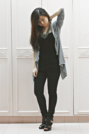 black Topshop jeans - black Zara top - Massimo Dutti cardigan