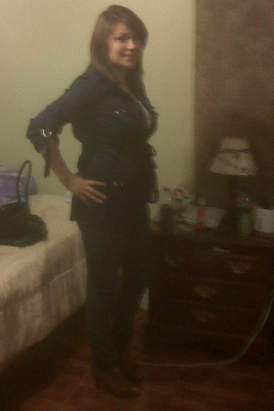 blue Forever21 shirt - blue jeans - brown Mossimo shoes