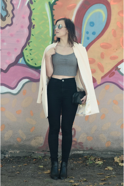 light pink Front Row Shop blazer
