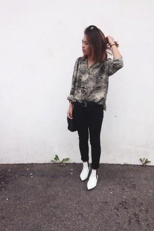 Zara boots - Levis jeans - Primark bag - vintage top