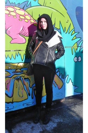 quicksilver jacket - dark brown hand bag Louis Vuitton bag