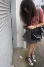 Gray-skirt-red-converse-shoes-pink-baleno-shirt