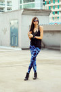 Blue-tie-dye-bazaar-leggings-black-black-tank-forever-21-top-black-bib-down-