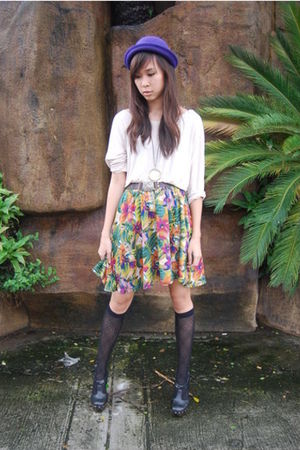 clogs Forever21 shoes - bowler violet random hat - beige H&M top - floral skirt