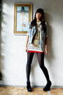 Heather-gray-thrifted-jacket-light-yellow-from-macau-top-ruby-red-random-ski