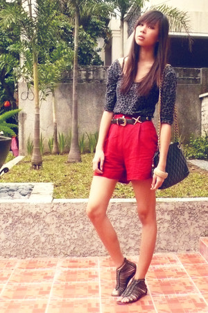 leopard gray cotton on top - red high waist The Second Shop shorts