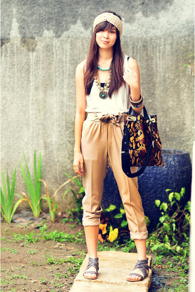 bought online accessories - camel random accessories - Forever 21 top - Vanilla