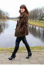 Black-forever-21-boots-brown-vintage-coat-black-vintage-pants