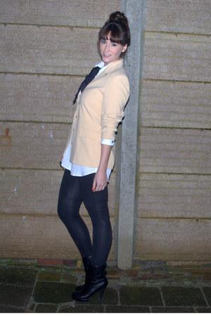 Forever 21 boots - Ikks leggings - vintage blazer - H&M blouse