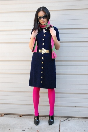 St John Knits dress - HUE tights - Nardi scarf - Tahari boots