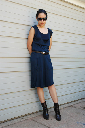 James Perse dress - Lauren t-shirt - unisa shoes