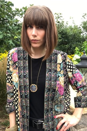 house of harlow necklace - vintage shirt