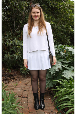 white American Apparel skirt - black Wittner boots - black Oroton sunglasses