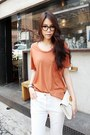 Burnt-orange-t-shirt-ivory-cotton-pants