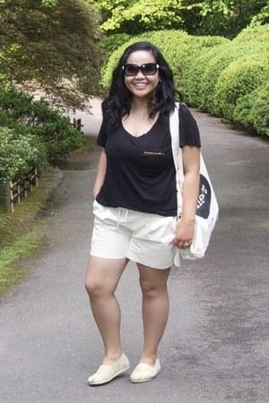 white Heart Coffee bag - cream TOMS shoes - white Velvet Kimono shorts