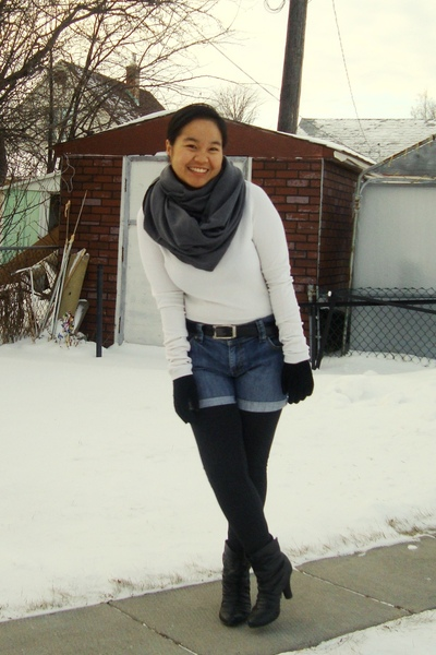 gray American Apparel scarf - white joe fresh style top - blue Old Navy shorts -