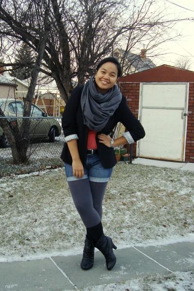 black Suzy Shier blazer - black Sirens boots - gray Divi leggings