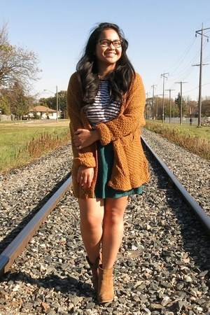 tawny Choies cardigan - camel asos boots - white striped Forever 21 top