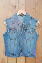 blue Nitrogen vest