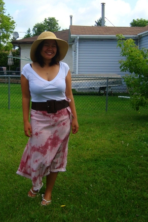 Smart Set top - Sirens belt - YRYS skirt - Greenhills - Walmart hat